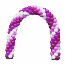 Арка из белых, фиолетовых и фуксия шаров