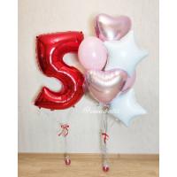 Сет из шаров с сердцами и звездами и красной цифрой на пятилетие