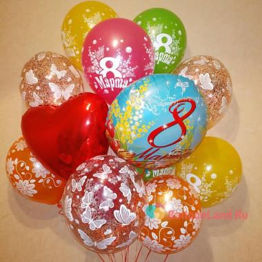 Букет гелиевых шариков на 8 марта с сердцем