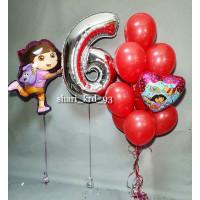 Композиция из шаров Даша путешественница с цифрой и букетом красных шаров