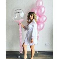 Композиция из шаров в розовых тонах на девичник с шаром с перьями