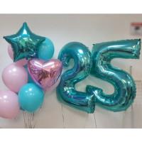 Композиция из воздушных шаров на День Рождения с бирюзовыми цифрами