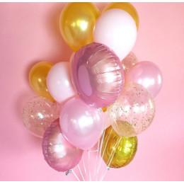 Облако воздушных шаров в пастельной гамме
