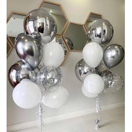 Композиция из шаров в серебре с шарами сферами