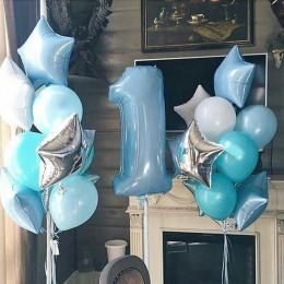 Композиция на 1 год из гелевых шаров мальчику в нежно-голубых тонах