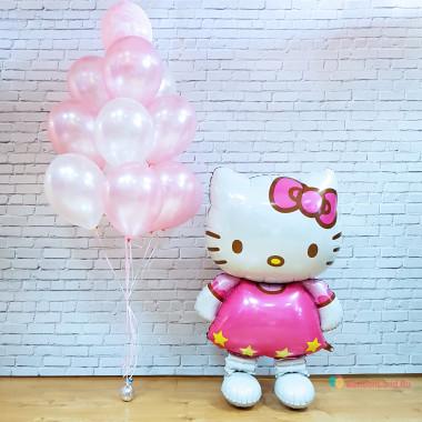 Композиция из воздушных шариков Hello Kitty с букетом нежно розовых шаров