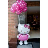 Композиция из шаров Hello Kitty с розовыми шарами в горох