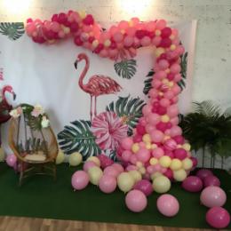 Фотозона из шаров Розовый фламинго