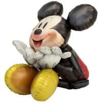 Ходячий шар Микки Маус сидит