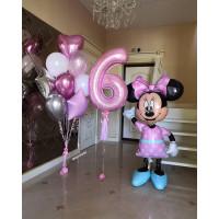 Композиция из шариков с фигурой Минни, цифрой и букетом для девочки