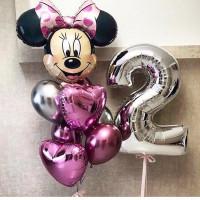 Композиция из воздушных шариков с Минни Маус, цифрой и розовыми сердцами