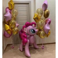 Композиция из шаров с гелием с фигурой Пинки Пай в розово-золотой гамме