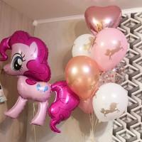 Композиция из гелевых шариков с пони Пинки Пай, сердцем и единорогами