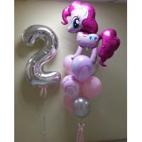 Композиция из шариков с гелием на День Рождения с пони Пинки Пай с цифрой