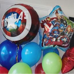 Композиция из шаров Щит Америки и команда Мстителей для мальчика