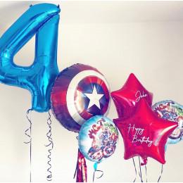 Композиция из шаров Мстители и Щит Америки с именными звездами на четыре года