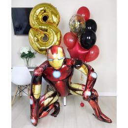 Композиция из шариков с гелием с Железным Человеком на восемь лет