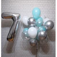 Облако воздушных шариков и серебряная цифра