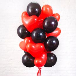 Букет шаров красные сердца