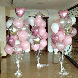 Композиция из гелевых шаров на свадьбу в розовых тонах