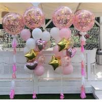 Композиция из шаров с большими шарами с конфетти, сердцами и звездами