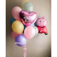Композиция из шариков со Свинкой Пеппой и сердцем с вашими поздравлениями