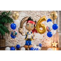 Композиция из гелиевых шариков с героем м/ф пиратом Джейком, цифрой и шарами с конфетти