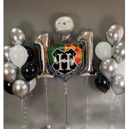 Композиция с шарами хром и гербом Хогвартса на 11 лет