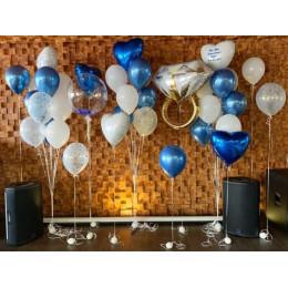 Набор из бело-синих шаров с кольцом и шаром с перьями на предложение руки и сердца