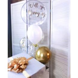 Фонтан с шариком с перьями на предложение: Will you marry me?