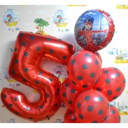 Композиция из шаров Леди Баг с цифрой и чёрно-красным фонтаном - дополнительное фото #1