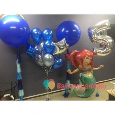 Композиция из воздушных шариков с фигурой Русалочки Ариэль, цифрой и большими шарами