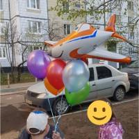 Набор шаров с гелием с самолетом Дасти