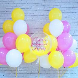 Композиция из воздушных шариков на День Рождения Доченьки с шаром с перьями