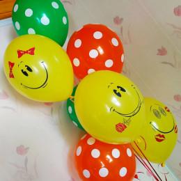 Букет воздушных шаров Смайлы Улыбки с шарами в горошек