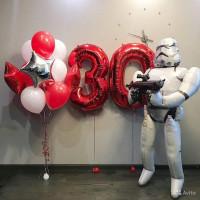 Композиция из шариков Звездные войны с цифрами на День Рождения
