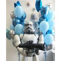 Композиция из воздушных шаров Звездные войны с Клоном-Штурмовиком и шарами в серо-голубой гамме