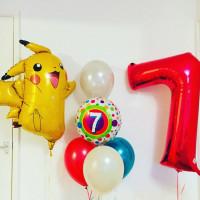 Композиция из воздушных шариков Пикачу (Покемоны) с цифрой на день рождения