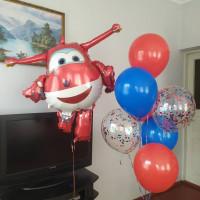 Композиция из гелиевых шаров Супер крылья самолетик Джетт с шарами с конфетти