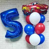 Композиция из шариков с цифрой и красной Машинкой