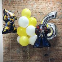 Композиция из шаров на шесть лет с фигурами Бамблби и Оптимуса Прайма