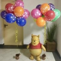 Композиция из воздушных шаров на День Рождения с медвежонком Винни Пухом