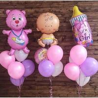 Композиция из шаров на выписку девочки с медвежонком, бутылочкой и фигурой малышки