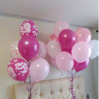 Сет из воздушных шаров на выписку девочки в розовых тонах