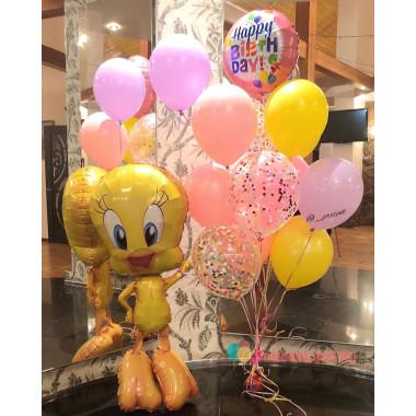 Композиция из гелиевых шариков на День Рождения с Твитти
