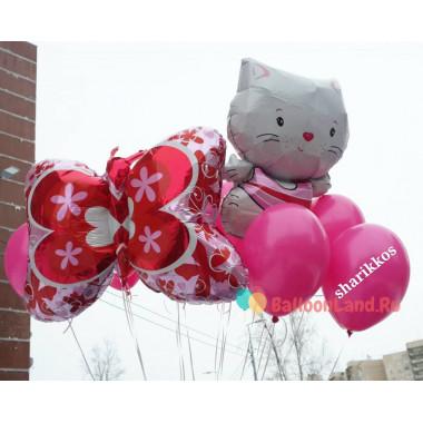 Композиция из воздушных шариков с Бабочкой и Китти котенком