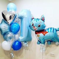 Композиция из шаров для мальчика с котенком, цифрой и вашими пожеланиями