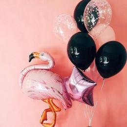 Композиция из шаров фламинго розовое на черном