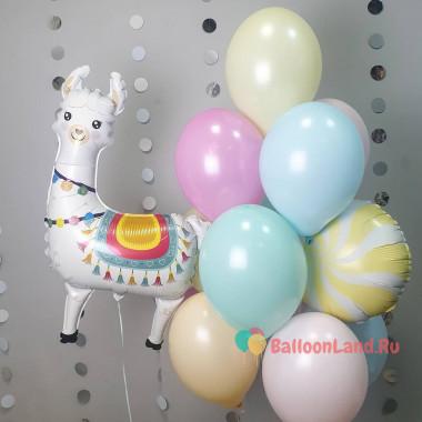 Композиция из воздушных шариков Лама с шаром леденцом