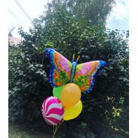 Букет из шариков с радужной бабочкой и шаром леденцом